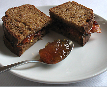 toast jelly bacon sandwich