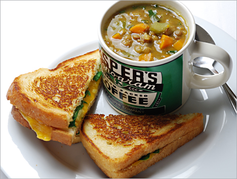 grilled-cheese-lentil-soup